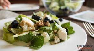 Салат с голубикой и сыром Рикотта