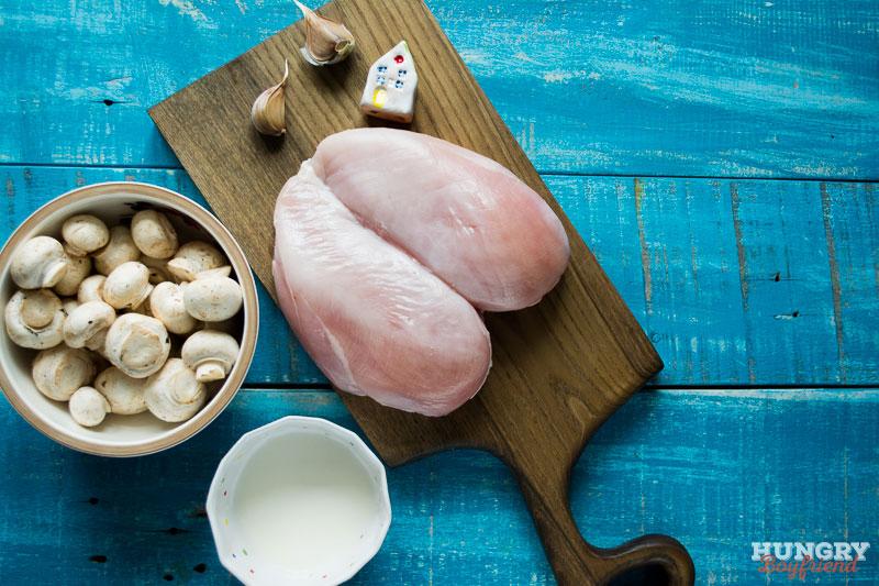 Ингредиенты для куриной грудки с грибным соусом