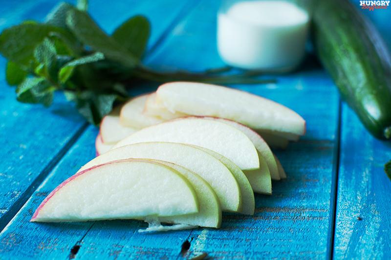 Нарезаем яблоки